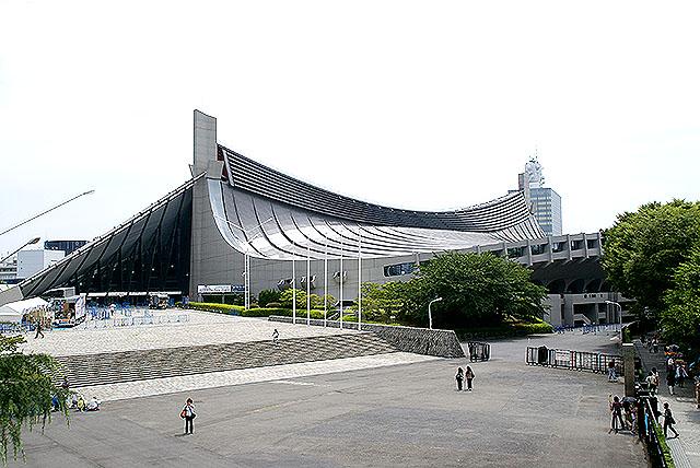 yoyogis_facade2.jpg