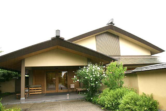 ikuchijima_hirayamaikuomuseum_facade.jpg