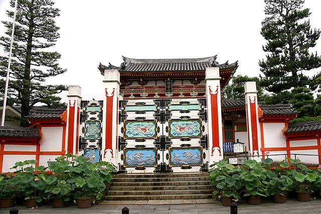 ikuchijima_kosanji_gate.jpg