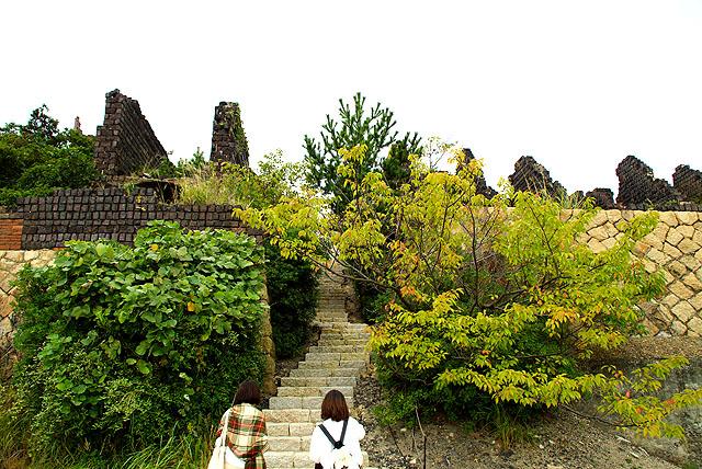 inujima_museum_stair.jpg