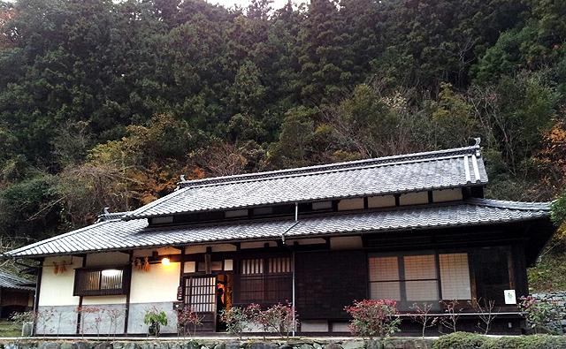 ishidatami_yado.jpg