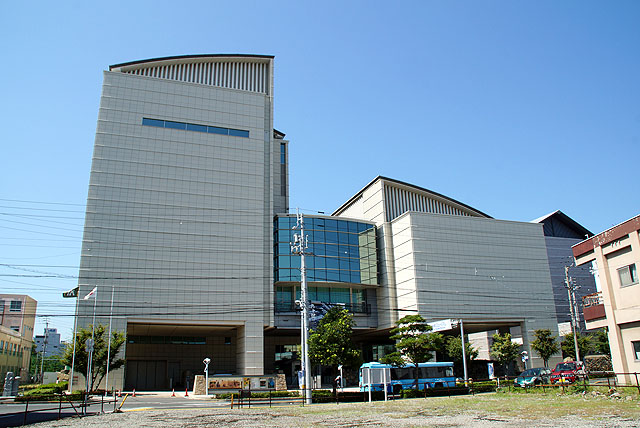 kagawamuseum.jpg