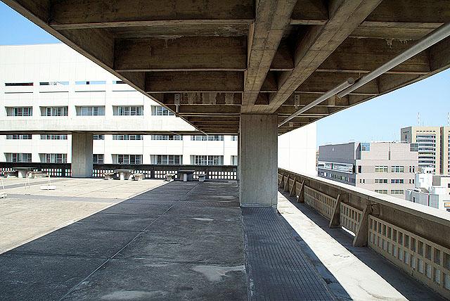 kagawapo_rooftop_shade.jpg