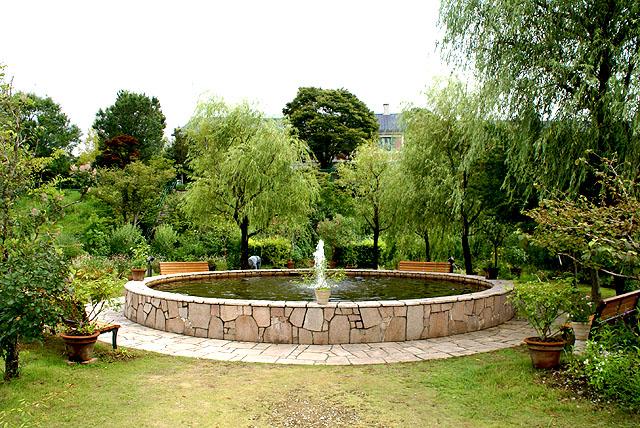 marmottan_fountain.jpg