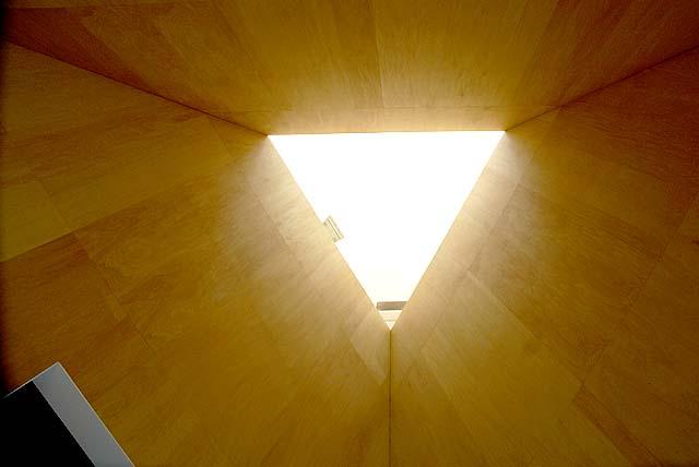 omishima_itomuseum_triangle.jpg