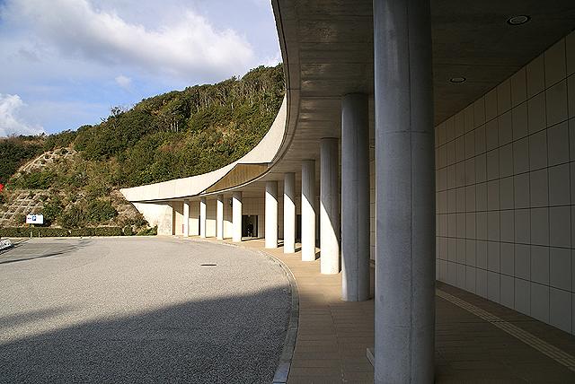 ootsukamuseum_entrance2.jpg
