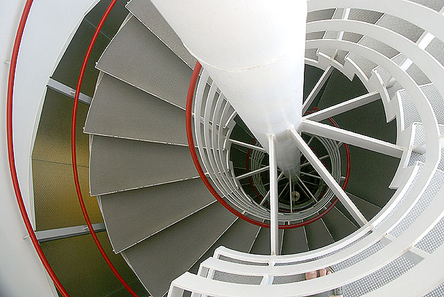 ryomam_spiral_red.jpg