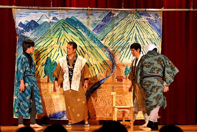 schoolplays14_mitokomon_yusumoku.jpg