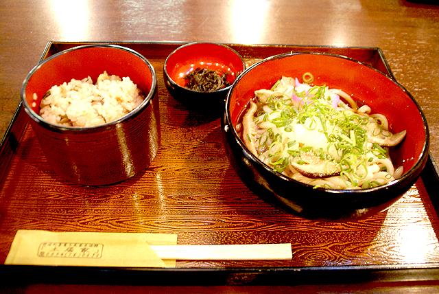 sougawa_doike_shoyaudon.jpg
