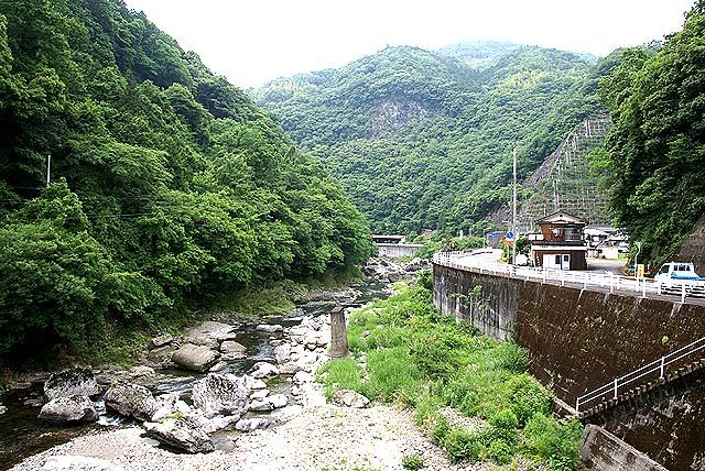 tatsunokuchi_river.jpg