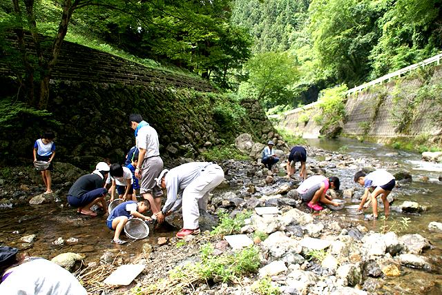 yusukawa_watercheck_river.jpg