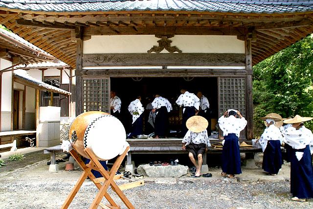 yusukawagakunenbutsu_ready.jpg